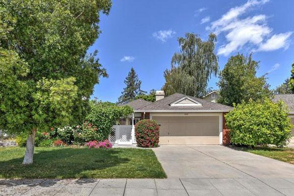 1059 Carson Drive, Sunnyvale, CA 94086