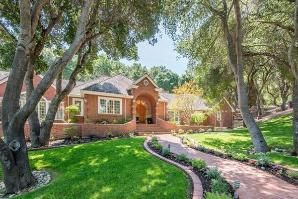 20932 Hidden View Lane Saratoga, CA 95070